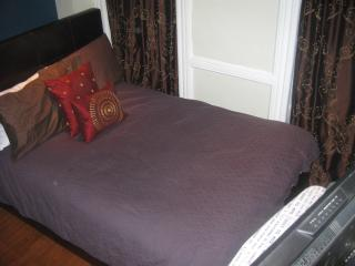 Lovely apartment 2nd Floor midtown west. - New York City vacation rentals