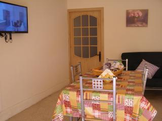 Well Located Ground flr Studio with full Amenities - Malta vacation rentals