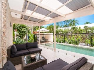 Rohini - Only a few minutes meander from Four Mile Beach is one of our newest holida - Port Douglas vacation rentals