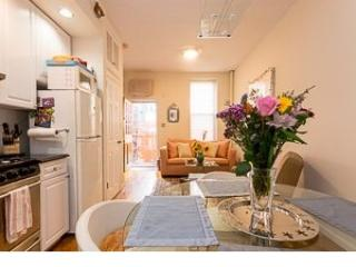 Apartment with a lovely terrace ! - Paris vacation rentals