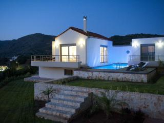 Villa Pounente, a luxury villa with 3 bedrooms - Crete vacation rentals