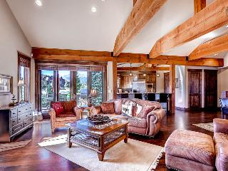 Amazing views, pet friendly and on the shores of the Blue River! - River Shores Lodge - Summit County Colorado vacation rentals