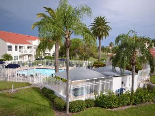 WOW!  Professionally decorated 2nd floor, pool view Vista Verde condo at Isla - Saint Petersburg vacation rentals