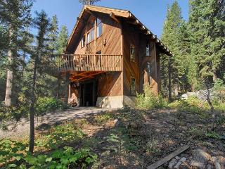 Bear Creek Lodge - Fall Vacation Rental, 2014/15 Ski Lease Pending - Alpine Meadows vacation rentals