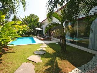 Villa Badi at the beach with Welcome Breakfast - Seminyak vacation rentals
