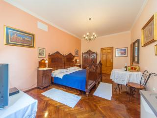 Essential Old Town Studio S9 - Southern Dalmatia vacation rentals