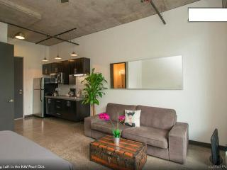 Stylish Loft in Portland's NW Pearl District - Portland Metro vacation rentals