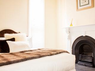 York St - A LUXICO HOLIDAY HOME - Richmond vacation rentals