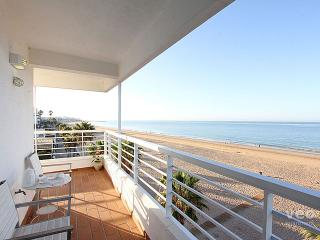 Virgen del Mar. Seafront apartment with terrace - Rota vacation rentals