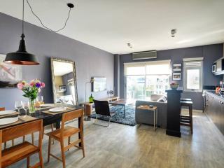 Stunning 1 Bedroom Apartment Located in Palermo Hollywood - Buenos Aires vacation rentals