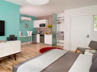Stylish Studio Apartment in the Heart of South Beach - Buenos Aires vacation rentals
