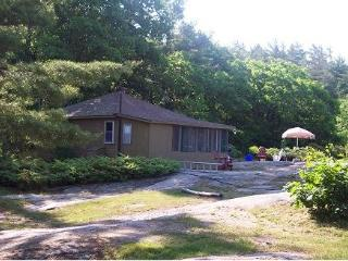 Bayview Cottages - Breezy - Parry Sound vacation rentals