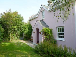 Pet Friendly Holiday Cottage - Hawthorne Cottage, East Williamston - Begelly vacation rentals