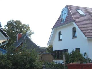 Vacation Apartment in Zingst - 538 sqft, quiet, central, bright (# 5170) - Mecklenburg-West Pomerania vacation rentals