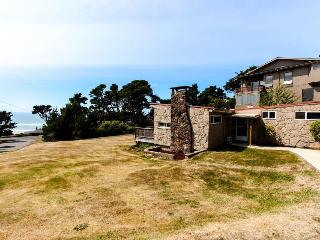 Sunny Side Up Ocean View Home - Newport vacation rentals