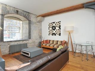 10 Clarence Royal William Yard Plymouth PL1 3RP (Drakes Wharf) - 2 bed large ground floor waterside apartment sleeping 4-6 - Plymouth vacation rentals