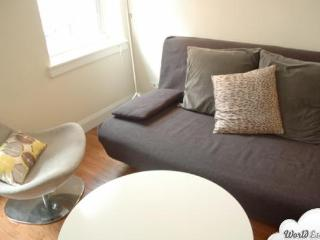 Midtown East 1BR #4 - Key 722 - Manhattan vacation rentals