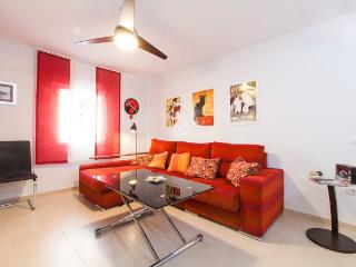 [663] Spacious apartment at the unique Triana neighborhood. - Seville vacation rentals