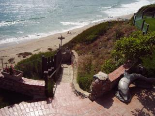 2 Story Guest House Enchanted Sea Cottage  sleeps up to 4 - Malibu vacation rentals