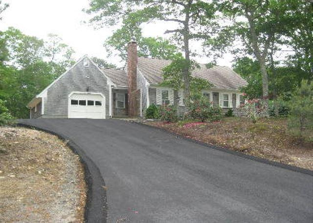 Cape Cod style home located in E. Brewster within the Robinwood Neighborhood. - Image 1 - Brewster - rentals