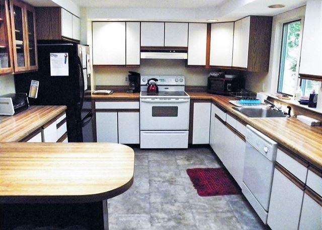 212 HOLLY AVENUE - Image 1 - Brewster - rentals