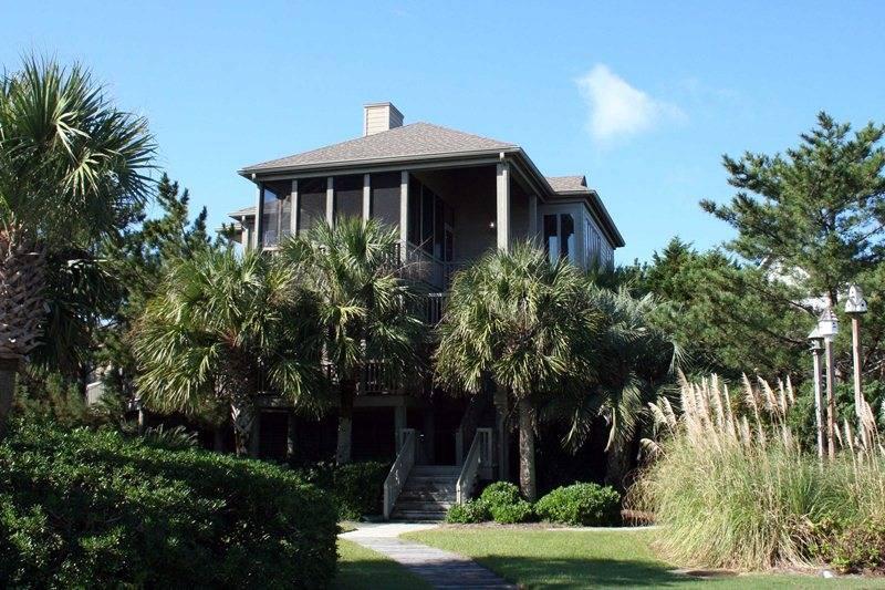 Bivens Beach House - Image 1 - Pawleys Island - rentals