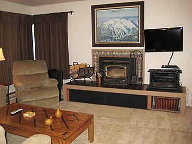 Living Room and Flat Screen TV - Fireside at the Village - MF101 - Mammoth Lakes - rentals