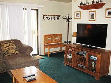 Living Room and Flat Screen TV - La Vista Blanc - LVB69 - Mammoth Lakes - rentals