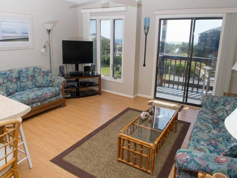 Pebble Beach D203 - Image 1 - Emerald Isle - rentals