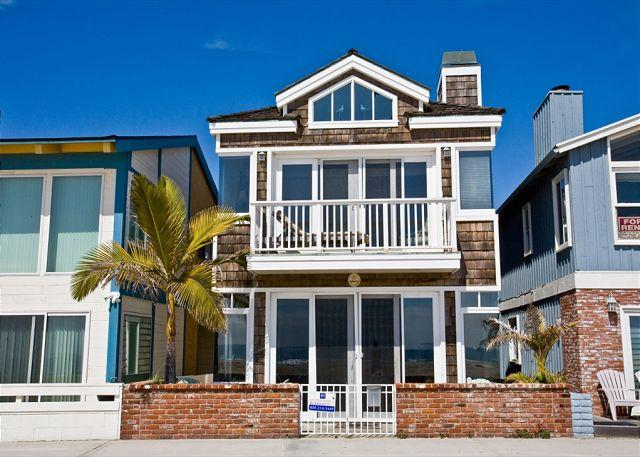 Beautiful 3 Bedroom Oceanfront Single Family Home! (68139) - Image 1 - Newport Beach - rentals