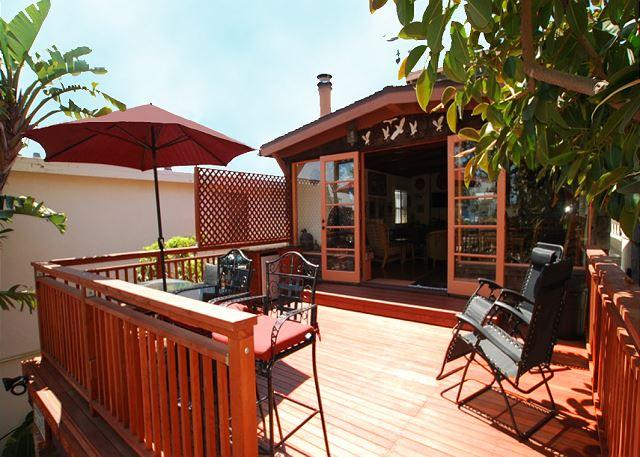 Deck - Lovely Four Bedroom Bay View Home Across from Marina Park! (68164) - Newport Beach - rentals