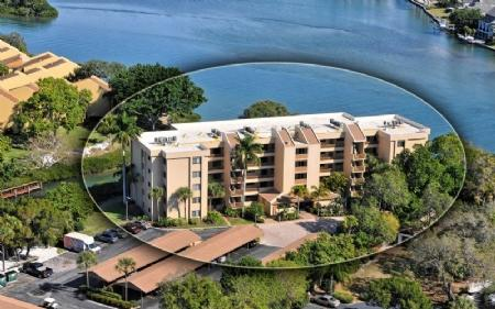 Building 9 on the Bay! - Buttonwood 950 - Siesta Key - rentals
