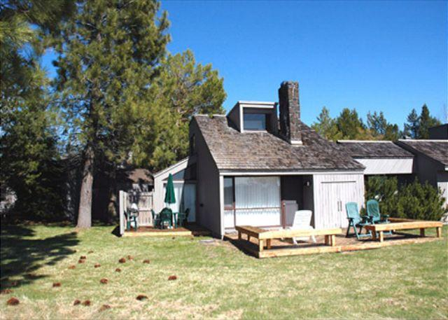 Meadow House Condo - Fun Sunriver Condo with Bikes and SHARC passes On the Golf Course - Sunriver - rentals