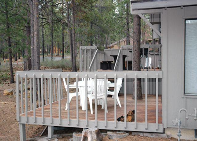 Memorial Day Sunriver Home with A/C and Bonus Room Near the Village - Image 1 - Sunriver - rentals