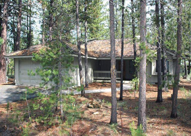 Front View - Family Fun Sunriver Home with A/C and Bikes Near the Village - Sunriver - rentals