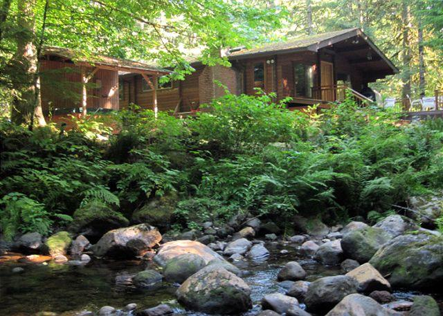 Moondance Cabin from Clear Creek. - Moondance Cabin on Clear Creek, fireplace, secluded, decks, new hot tub. - Zigzag - rentals