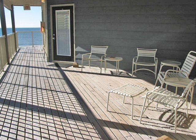 Front Deck Area - Sandpiper 15C - Gulf Shores - rentals