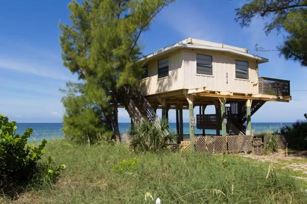 Crow's Nest - Image 1 - Bradenton Beach - rentals