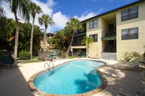 Beachview Condo 6 - Image 1 - Holmes Beach - rentals