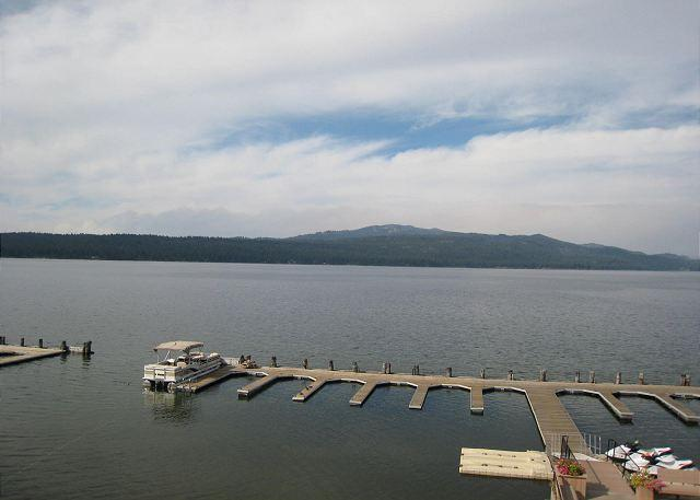 Crystal Beach Condo on Payette Lake with Mountain Views - Image 1 - McCall - rentals