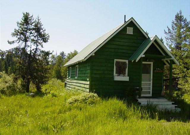 View of front - Cozy cottage with scenic meadow views - McCall - rentals