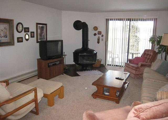 Comfortable Aspens Condo, walk to Downtown and beach. - Image 1 - McCall - rentals