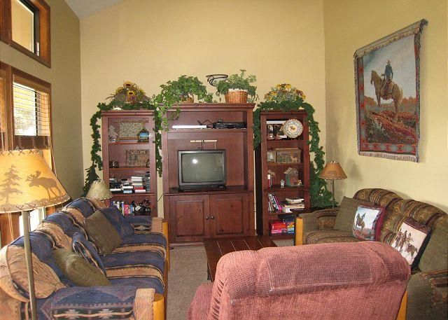 Comfortable condo, walk to beach and down town. - Image 1 - McCall - rentals
