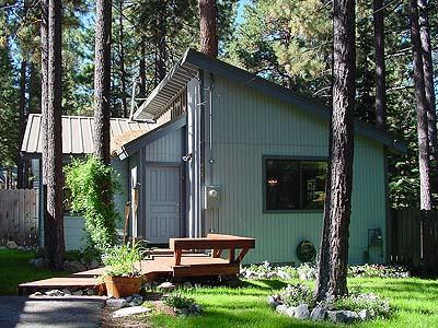 Exterior - 696 Julie Lane - South Lake Tahoe - rentals