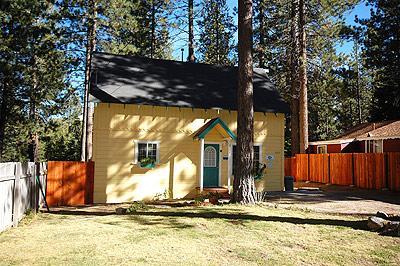 Exterior - 2082 Lukins Way - South Lake Tahoe - rentals