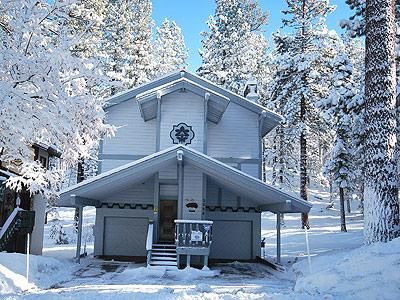 Exterior - 3384 Pine Hill Road - South Lake Tahoe - rentals