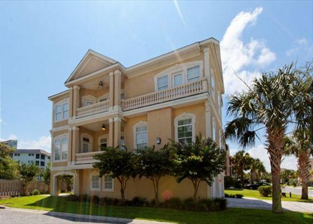 Crabline Court 25 - Near Ocean 5BR/5BA Home w/ Pool and Elevator will be Exciting Retreat - Hilton Head - rentals