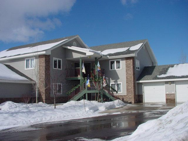 Mustang Run: Exterior - Mustang Run: 3BR, Ground Level. Private Hot Tub - Steamboat Springs - rentals