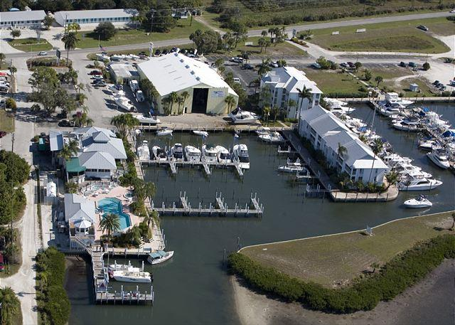 Views Across the Intracoastal of Palm Island Harbortown & Marina - Marina Villa with Access to Palm Island Resort Services & Amenities - Cape Haze - rentals