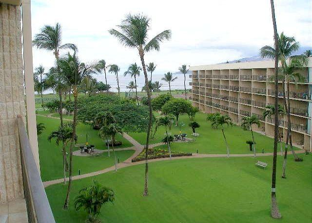 MS502B Lanai View - Maui Sunset 502B Complete remodel with partial ocean view and full kitchen - Kihei - rentals
